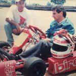 Vitão e Nelson Piquet com o primeiro kart shifter trazido ao Brasil em 1998